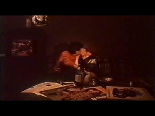 """Типичный флекс советских старшеклассников под Билли Идола (к/ф """"У меня нет друга, или One step beyond"""", 1988)"""