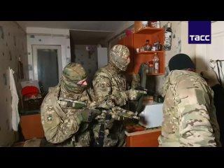 Сотрудники ФСБ предотвратили теракт в Симферополе, задержав двух сторонников запрещенной в России террористической организации
