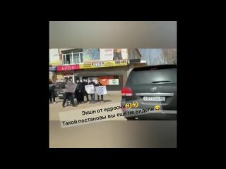 Разгон митинга против УК «Красная». Комментарий Николая Бондаренко.mp4