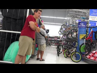 [Jack Vale Films] Farting at Walmart with The Pooter - Best Fart Toy Ever