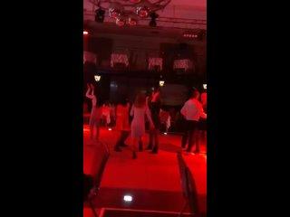 -- Движ в клубе (20 мая)(MP4).mp4