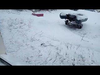 Всё уже находится под апрельским снегом !..