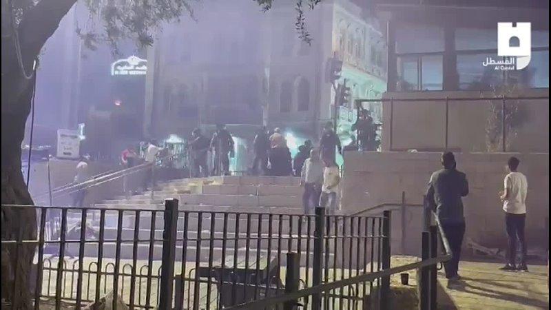 Столкновения между молодежью и оккупационными войсками начались районе Баб-эль-Амуд