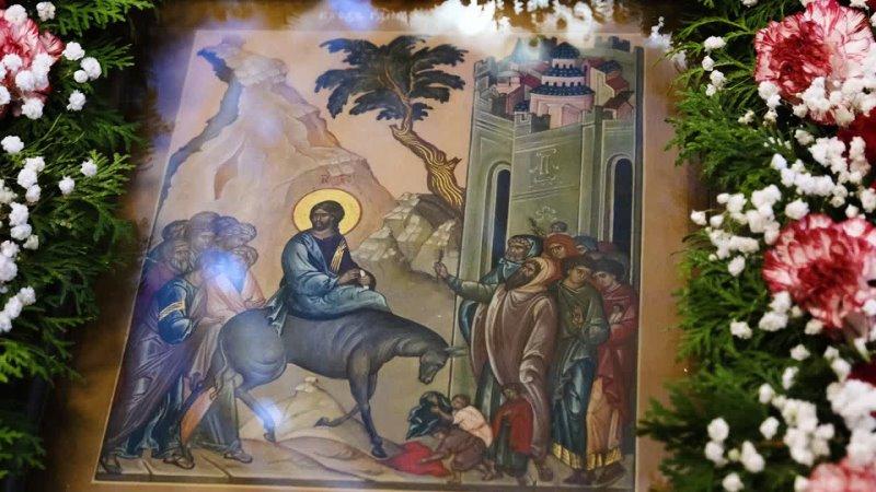 Благовестие Митрополит Владимирский и Суздальский Тихон о Вербном Воскресении