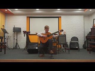 Панько Антон (2 кл.) исполняет Погльский народный танец Мазурка