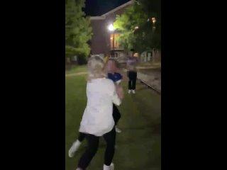 OnlyGirlFights - @daytonkarlee vs some bitch. Dayton, that first punch girl!!! 👊🏽