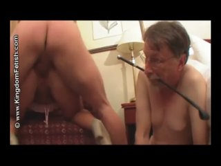 Куколд ест сперму Cum Eating cuckold #сексвайф #минет #sexwife #sex #creampie