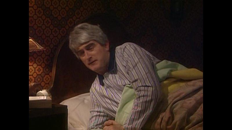 Отец Тед l Father Ted 1x02 Entertaining