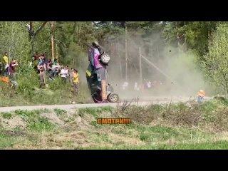 Зрители едва не погибли из-за аварии на ралли в Ленобласти