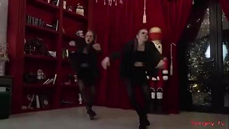 Yuri Sosnin Baby Dance With Me New 2021 boom Красивые девушки танцуют boom 240 X 426 mp4