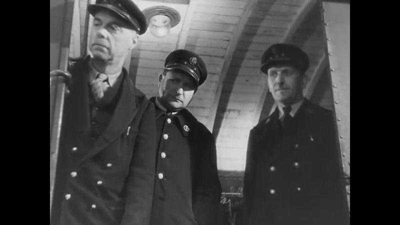 Битва на рельсах (Bataille du rail, 1946), режиссер Рене Клеман. Без перевода.