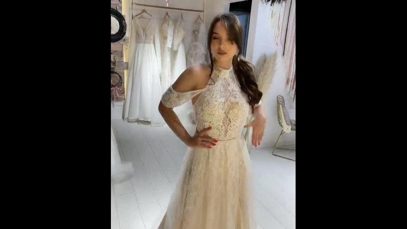 Богемное 👗 Мальта не похоже ни на одно другое 🤍 смелое эффектное яркое платье с характером ищет свою вторую половинку 👰🏻🥰