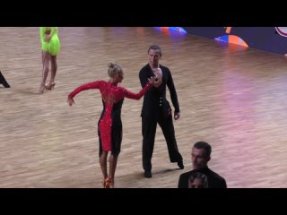 Армен Цатурян и Светлана Гудыно - румба на Чемпионате России 2021.