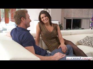 Becky Bandini fucks husbands friend порно трах ебля секс инцест porn Milf home шлюха домашнее sex минет измена