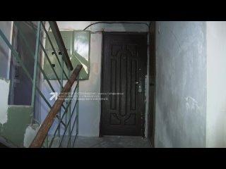 Закрыла и уехала. Нерадивая хозяйка оставила терьера одного в квартире без еды и воды