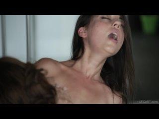0915-Alexis Brill Lorena B-The-Writer---The-Dark-Side_SexArt-1080p
