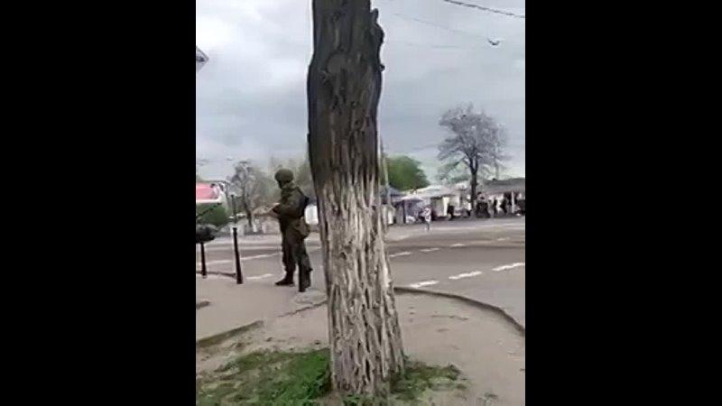 Украинцам в Сети показали русские танки в столице ЛНР_ «Луганск сегодня. Освобод