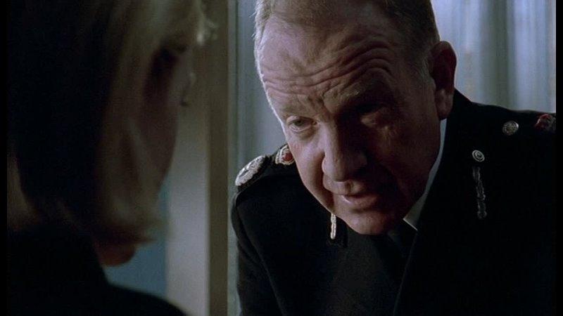 Тугая струна Темнота света Англия Детектив Триллер 2004
