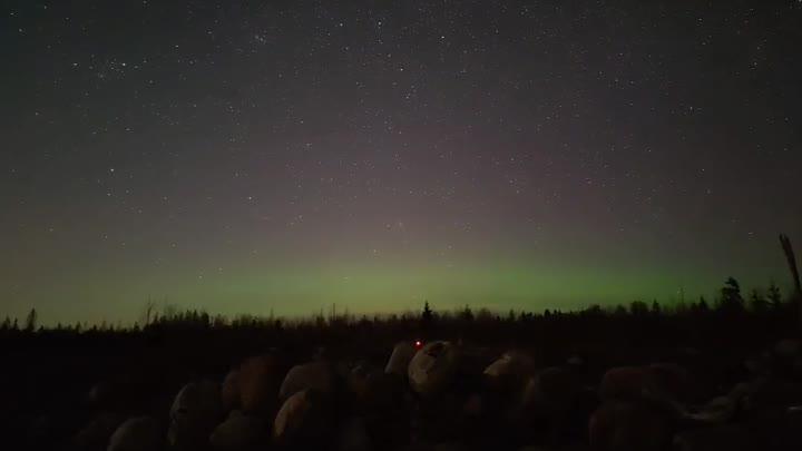 Северное сияние во Всеволожском районе 18 апреля. 3 часа съемки за 35 секунд