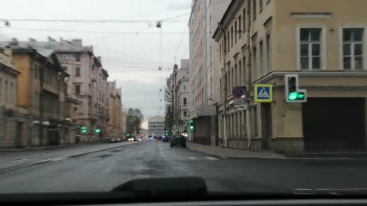 14 мая в 04:45 поступило сообщение о пожаре по адресу: Адмиралтейский район, Лермонтовский пр,, дом ...