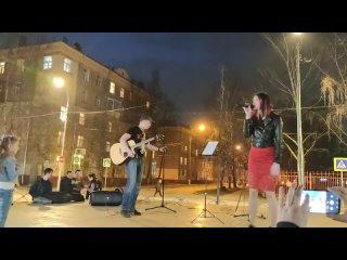 Дарья Татарчук - Лифт (аккомпанемент - Паша Правояр, музыка Женя Ханс)
