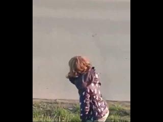 ❗️Осторожно, видео не для слабонервных❗️В Зеленых Аллеях дети доигрались...