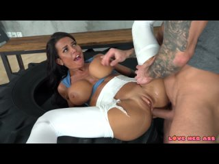 Chloe Lamour-Ass Fucked While Stuck In A Tyre