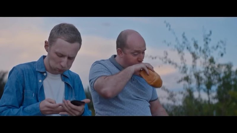 Николай Расторгуев и Сергей Бурунов А река течёт песня из фильма Родные