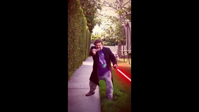 Джек Блэк продолжает праздновать День Звёздных войн