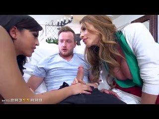 Ariella Ferrera, Sophia Leone - Moms In Control 9 (Мамочки На Контроле 9) - vk.com/club174113264