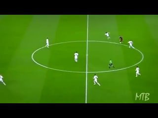 Lionel Messi Toying With Real Madrid_s Greatest