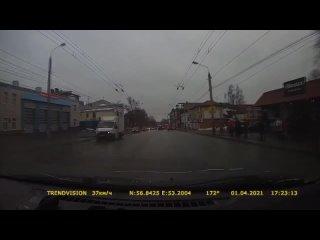 Момент ДТП наезд на пешехода на ул. Горького. (1080p).mp4