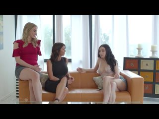Alexis Fawx, Riley Reyes and Jade Baker - Making Mommy Jealous порно трах ебля секс инцест porn Milf home шлюха домашнее sex