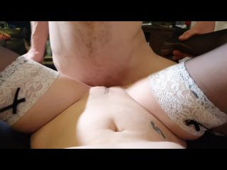 Страстный секс на диване
