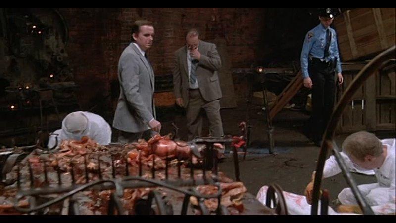Сильвия Кристель в фильме Вдова Дракулы Ужасы США 1988