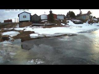 Ходил по льду. Снял видео под водой под льдом Красивая природа.