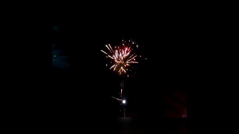 Салют в честь 76 летия Великой Победы в с В Киги 2021 год