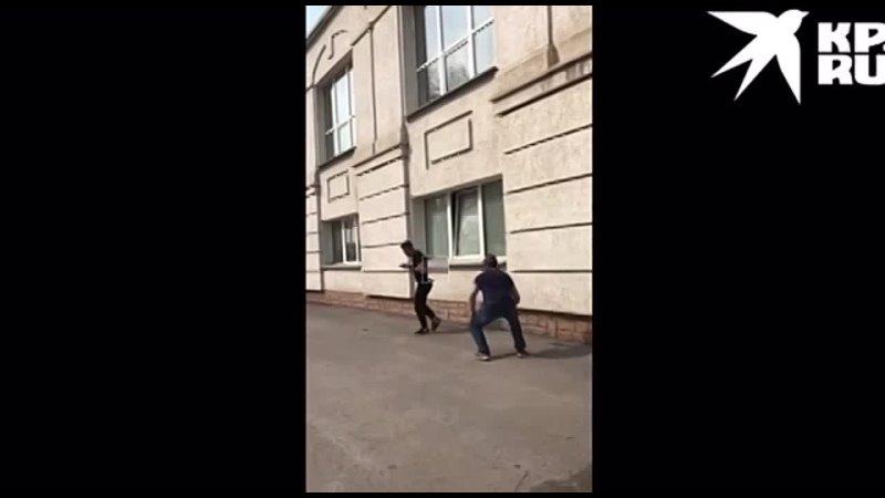 На новосибирском ипподроме произошла жестокая драка из за коня