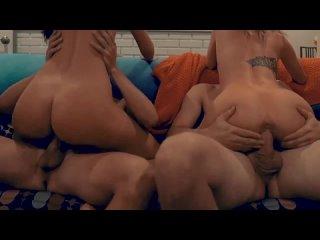 Две горячие пары нежно меняются в первый раз (секс (sex) и порно (porn). Жена шлюха сексвайф (sexwife), milf, анал (anal)