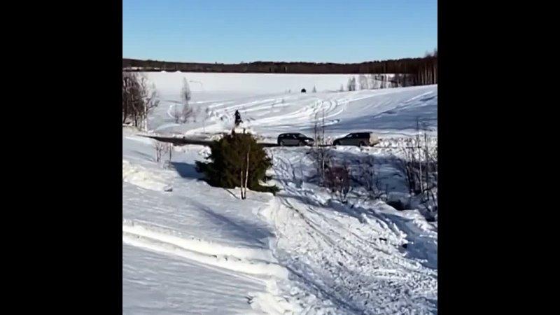 Cynthia_snowmobile-CNCWCu0hKP_-.mp4
