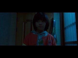 """До Юн прячется от женщины мутанта, отрывок из 2 серии дорамы """"Темная дыра""""(1),"""