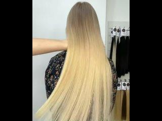 На волосы в замедленной съемке можно смотреть вечно На фото наращивание объемом в 100 прядей 60 см. Свои волосы тонкие, поэто