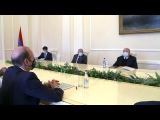 Президент Армении – главе МО Кипра: Для противостояния вызовам нужно быть готовыми к ежедневной тяжелой работе