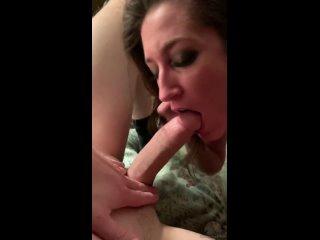 Используй мое горло, как хочешь!  Самые горячиe девочки порно секс минет сиськи жопа молодая дрочит пизду