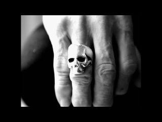 Johnny Cash - God`s Gonna Cut You Down  (2006)
