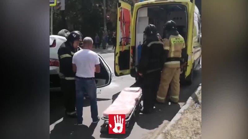 У водителя разбиты колени пассажирку увезли на реанимации