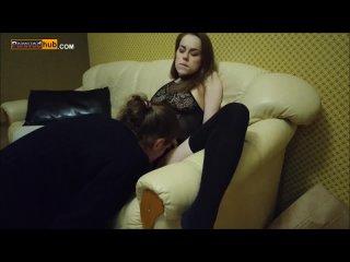 Трахнул малышку в рот и не только ( amateur blowjob orgasm russian teen домашний минет русское любительское на диване (720p).mp4