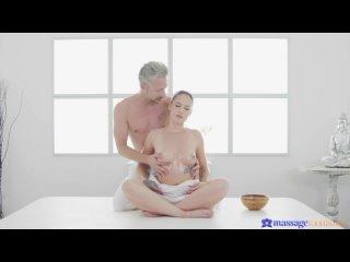 Chloe Bailey [ HD 1080, Brunette, Big Ass, Blowjob, Creampie, Oil, Massage, New Porno, 2021 ]