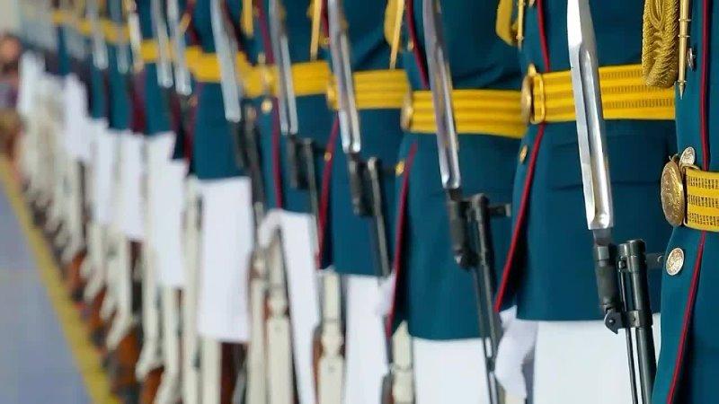 Тренировка девушек перед парадом Победы в Екатеринбурге.mp4