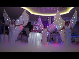 Ангелы и прекрасный торт на вашей свадьбе